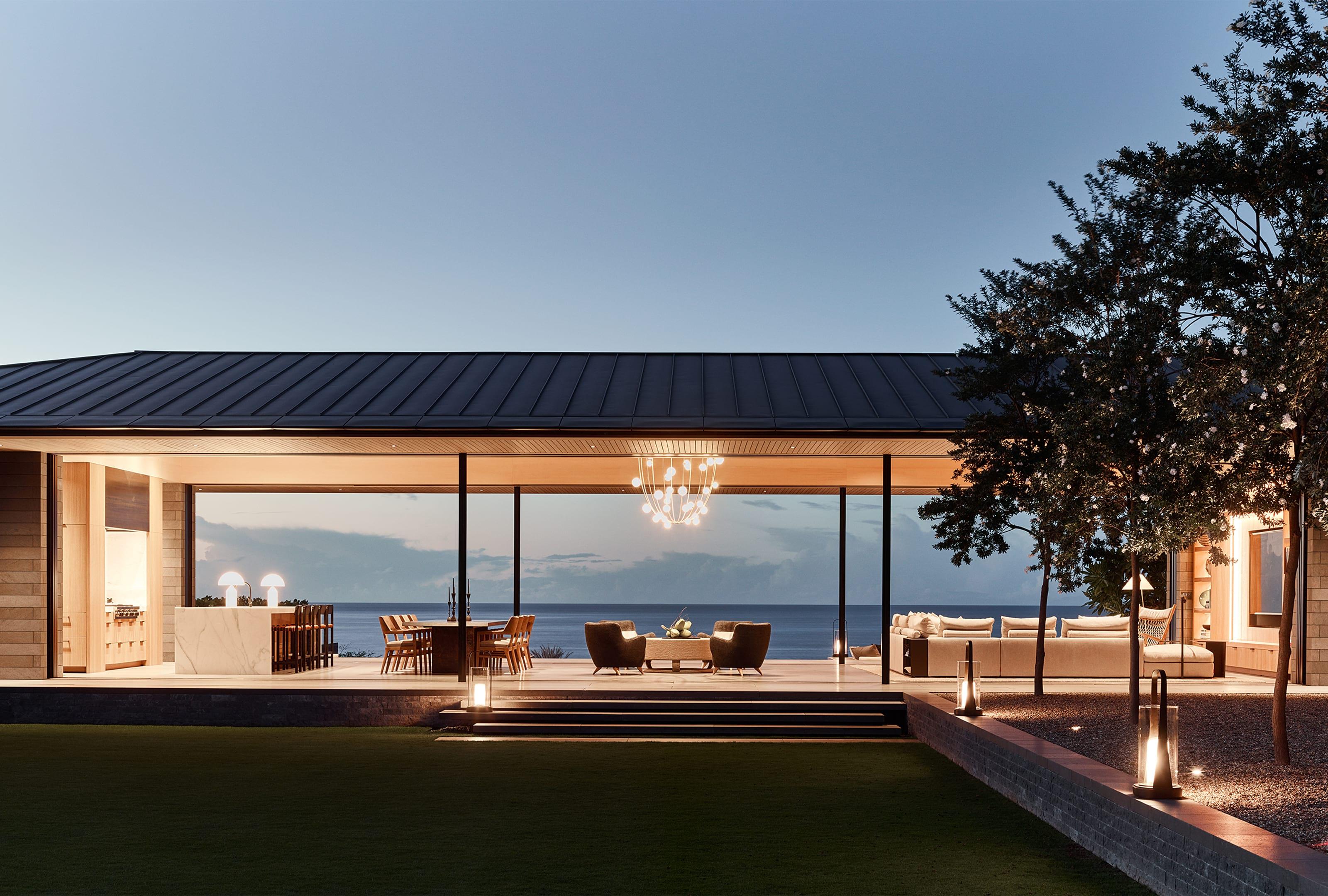 nicolehollis NICOLEHOLLIS: A Source Of Design Inspiration 2 568 Hollis Durban Kona HouseExt2 784 02 02